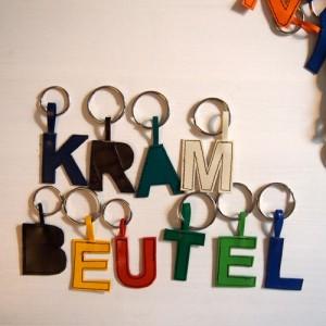 Schlüsselanhänger Buchstaben LKW-Plane krambeutel