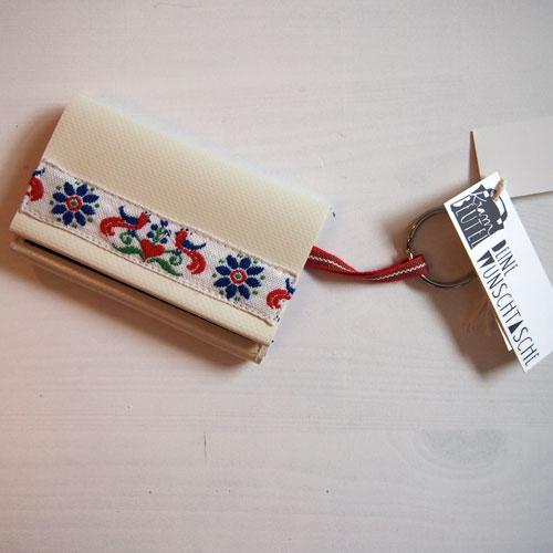 Kartenetui mit Schlüsselring und Trachtenborte