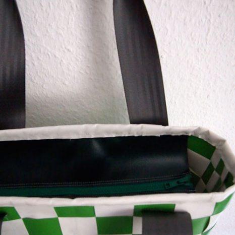 Tasche grün weiß gewebt, Detail
