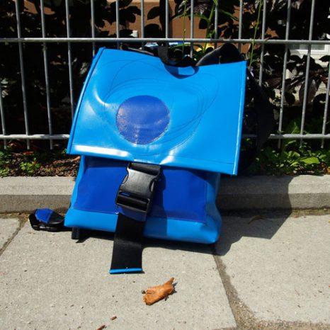 rucksack-klein-blau1
