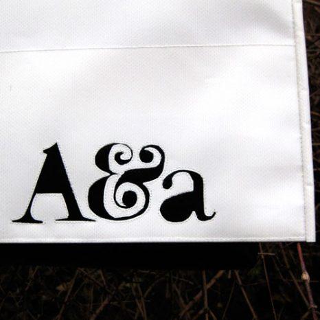 Umhängetasche mit Logo