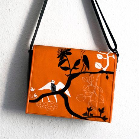 Umhängetasche orange mit Vögeln / krambeutel Deine Wunschtasche / www.krambeutel.de