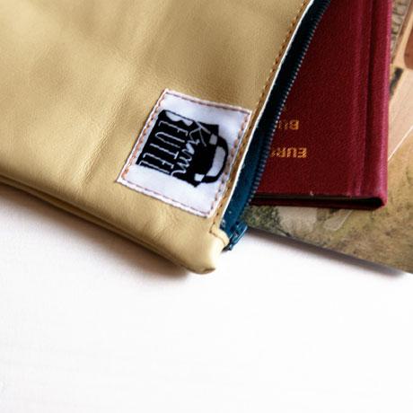 krambeutel Etui für Reiseunterlagen Personalausweis aus Leder / www.krambeutel.de / krambeutel Deine Wunschtasche / Stefanie Ramb