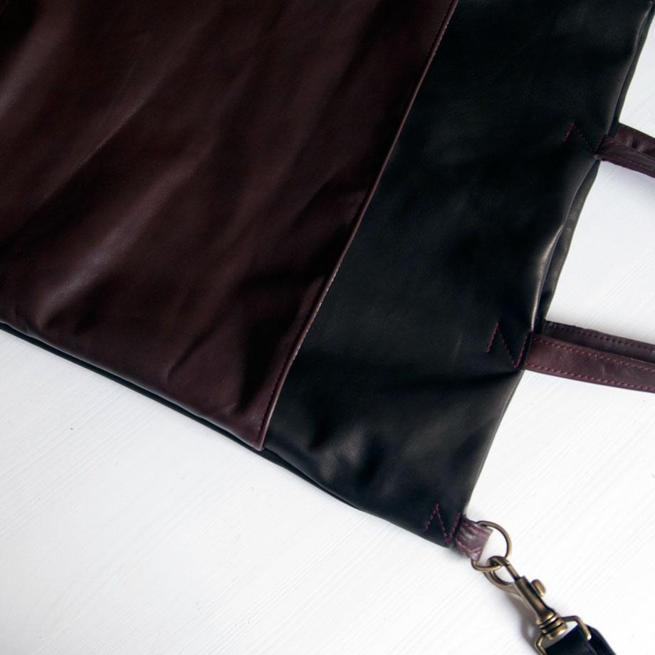 Ledertasche in schwarz und dunkelrostrot. krambeutel Deine Wunschtasche www.krambeutel.de München // Stefanie Ramb