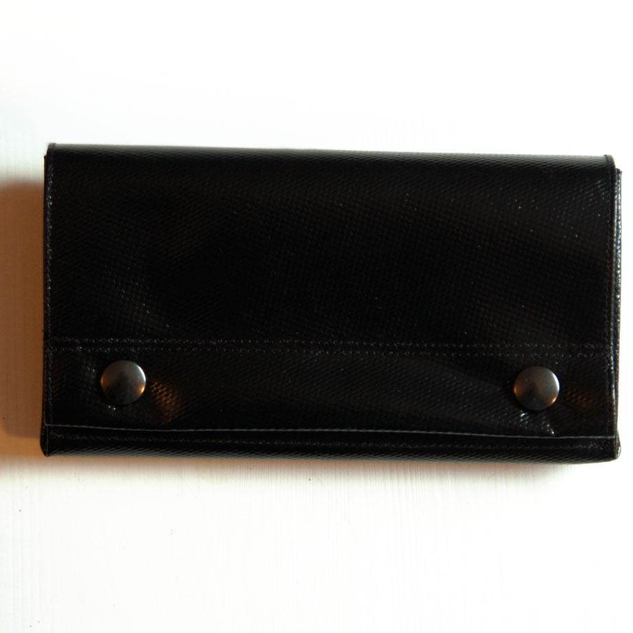 praktischer Geldbeutel aus LKW-Plane, groß, schwarz, geräumig. www.krambeutel.de krambeutel Deine Wunschtasche Stefanie Ramb München