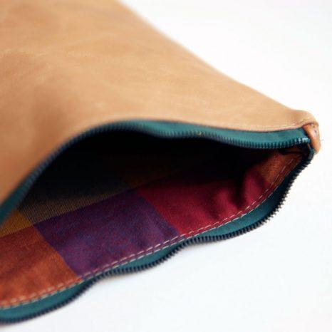 Ledertäschchen für Kleinkram von krambeutel Deine Wunschtasche / www.krambeutel.de/ München Stefanie Ramb Unikate Taschen und Beutel genäht in München