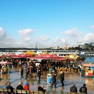 Am Bootsanleger in Istanbul /www.krambeutel.de / krambeutel Deine Wunschtasche / Stefanie Ramb München /