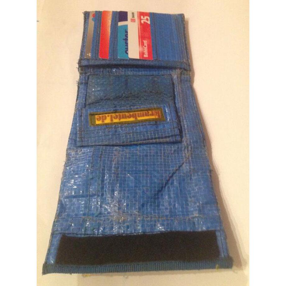10 Jahr alter krambeutel aus Einkaufstüte, noch in Berlin im Einsatz.