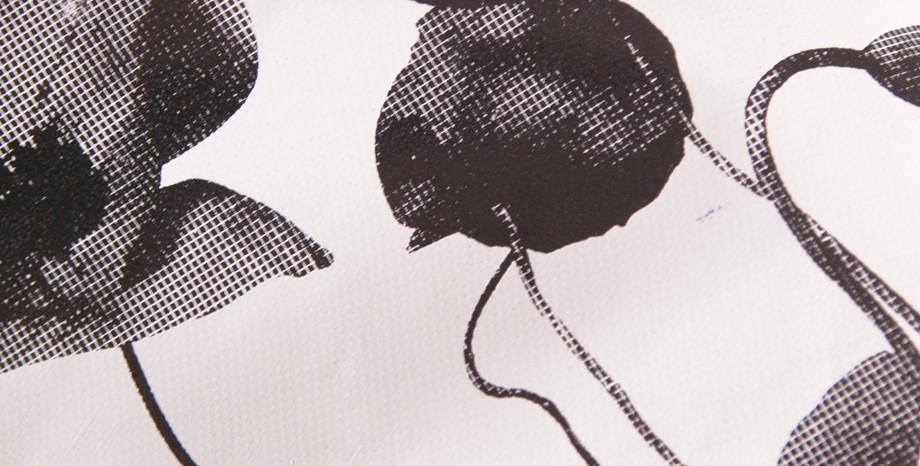 Tasche aus LKW-Plane, individualisiert mit Siebdruck. Maßanfertigung aus LKW-Plane. Handgemacht in München. Stefanie Ramb, www.krambeutel.de