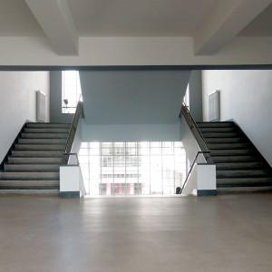 krambeutel unterwegs zum Bauhaus Dessau: Treppenhaus im Bauhaus. krambeutel Deine Wunschtasche www.krambeutel.de Stefanie Ramb München