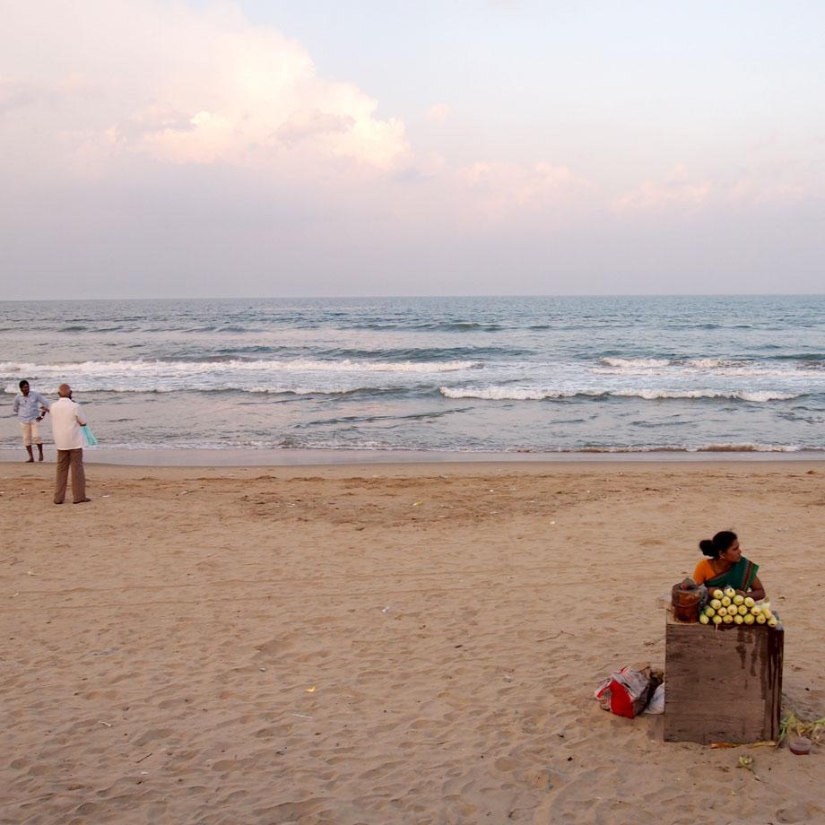 krambeutel geht spazieren am Strand in Chennai / krambeutel unterwegs / www.krambeutel.de / Deine Wunschtasche maßgefertigt und handgemacht aus München / Stefanie Ramb