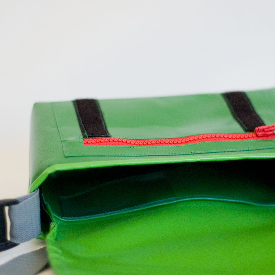 Kindergartentasche mit Windrad, krambeutel Deine Wunschtasche www.krambeutel.de Stefanie Ramb München handgemachte maßgefertigte Beutel aus recycelten Materialien