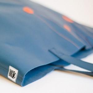 krambeutel Lederbeutel mit kurzem Henkel aus weichem dunkelblauem Echtleder krambeutel Deine Wunschtasche www.krambeutel.de Stefanie Ramb München